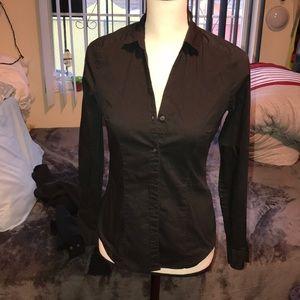 H&M's V neck, easy iron black button down shirt